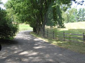Pennyfield Lock Road